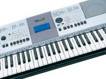 piano numerique yamaha-psr-e423