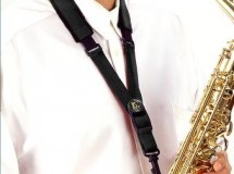 Collier saxophone BG