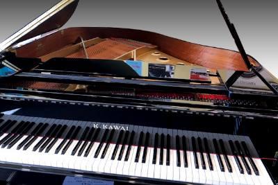 Piano K.Kawai GE 30